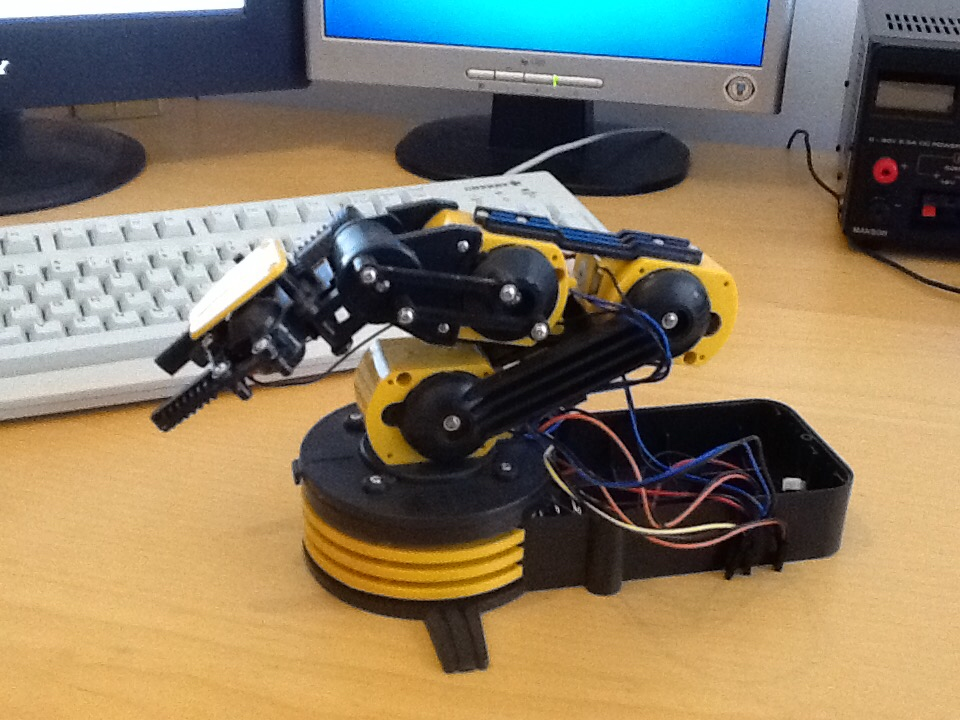 The robot arm in its final glory